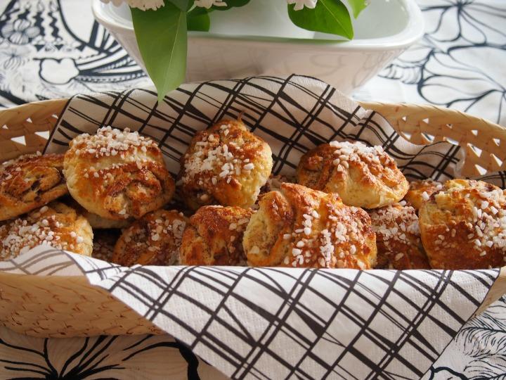 Finnish cinnamon rolls – glutenfree