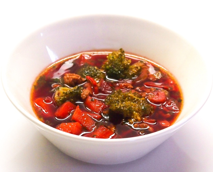 Vegetable soup with minced meat