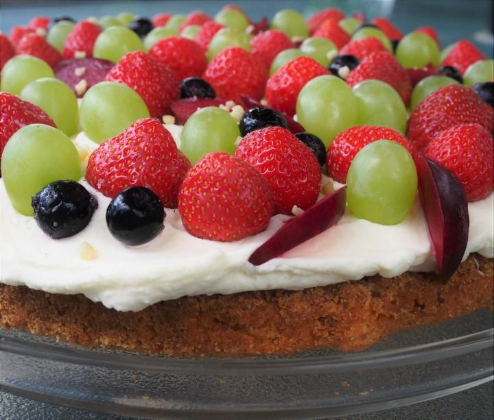 Shortcrust cake