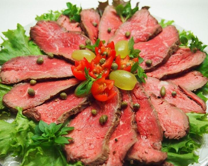 Roast beef and smetanasauce