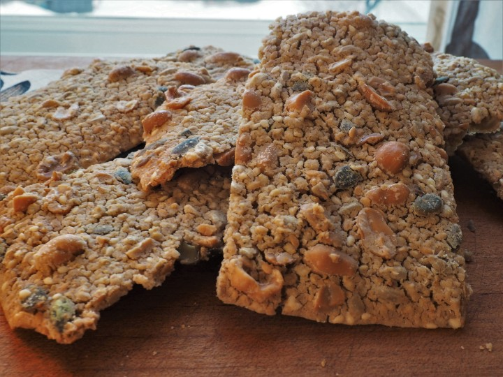 Salted nut crispbread