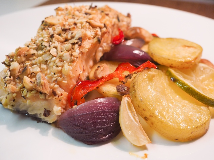 Dukkah salmon and vegetables baked in the oven